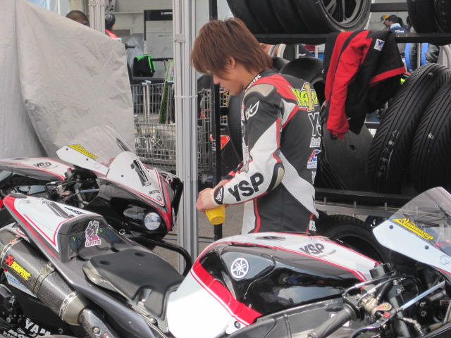 42_nakasuka_katsuyuki_2010_yzf_r1_j
