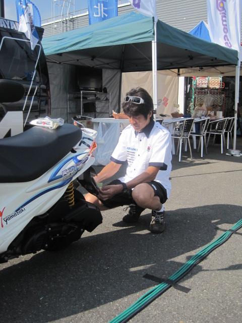 151_2011_yukio_kagayama_gsx_r1000